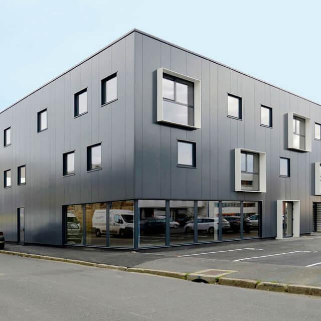 kaluen-menuiserie-aluminium-professionnels-alu-brest-finistere-bretagne-realisation-fenetres-vitrage-immeuble-bureaux