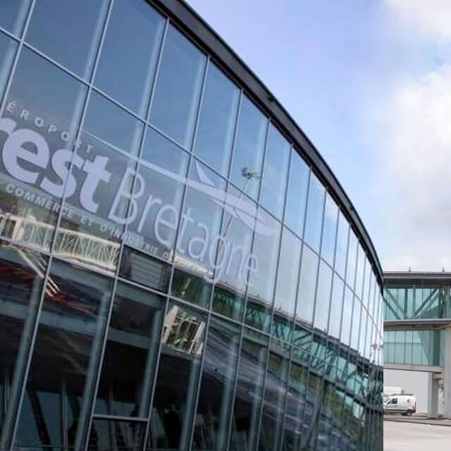 kaluen-menuiserie-aluminium-professionnels-alu-brest-finistere-bretagne-realisation-mur-rideaux-aeroport-bretagne-brest